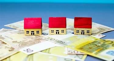 Un 16% de españoles posee dos o más viviendas y otro 16% no tiene ninguna