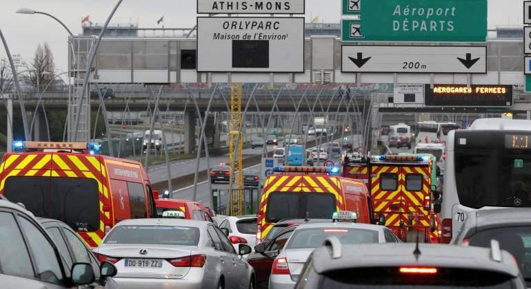 emergencias-francia-aeropuerto-reuters.jpg