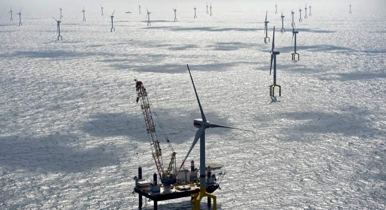 energias  alternativas - Energía. Las fuentes renovables.Ya superan al carbón. Aerogeneradores-mar-norte