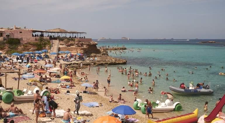 turismo-ibiza-playa.jpg