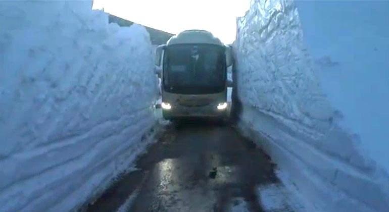 autobus-paredes-nieve.jpg