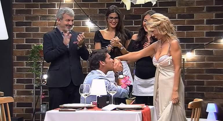 first-dates-pedida-mano-boda.jpg