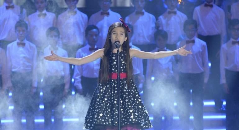 Melani y su angelical voz conquistan La Voz Kids