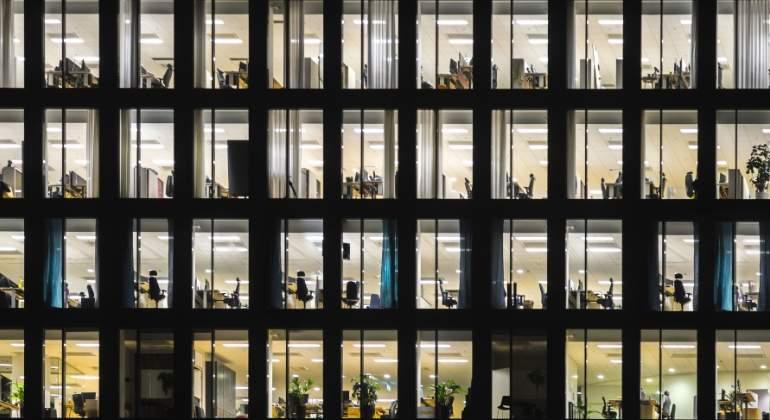 oficinas-edificio-empleo-publico-dreamstime.jpg