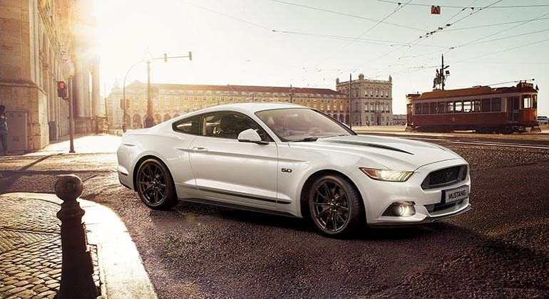 ford-mustang-2017-ford.jpg