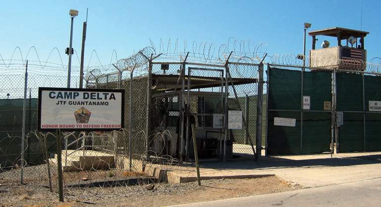 Entrada-a-facilidad-del-camp-delta-guantanamo-us-department-of-defense.jpg