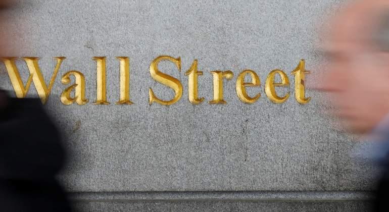 Wall Street pierde un 1% en la semana arrastrado por el coronavirus chino