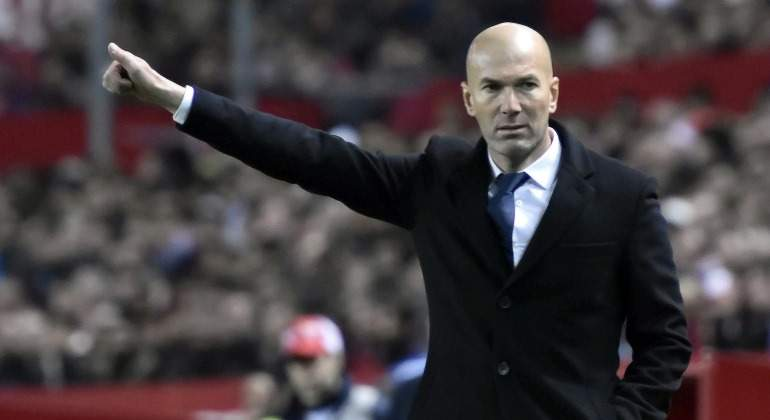 Zidane-gesto-ok-Sevilla-2017-EFE.jpg
