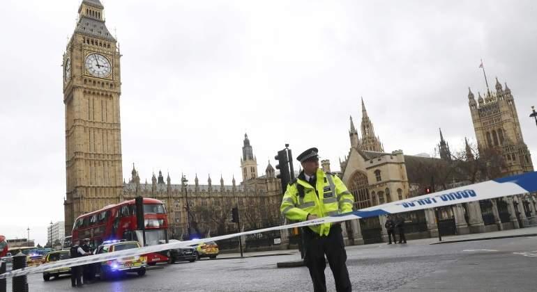 Tiroteo en el Parlamento de Londres