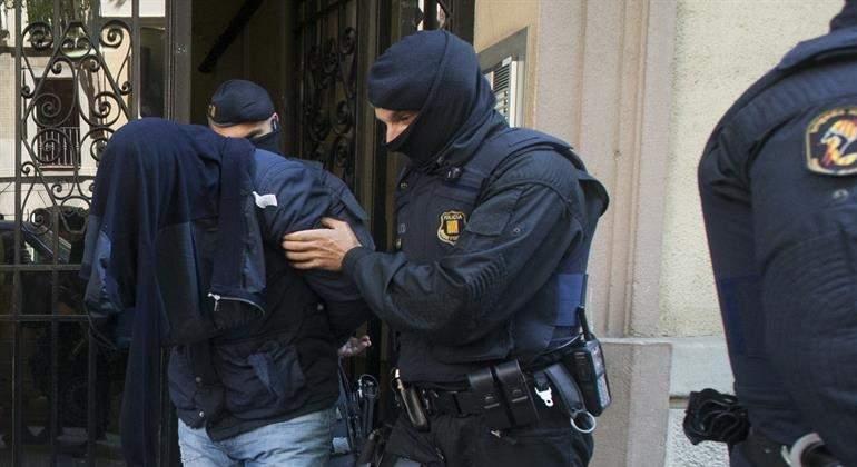 detenido-yihadista-barcelona-25abril-efe.jpg