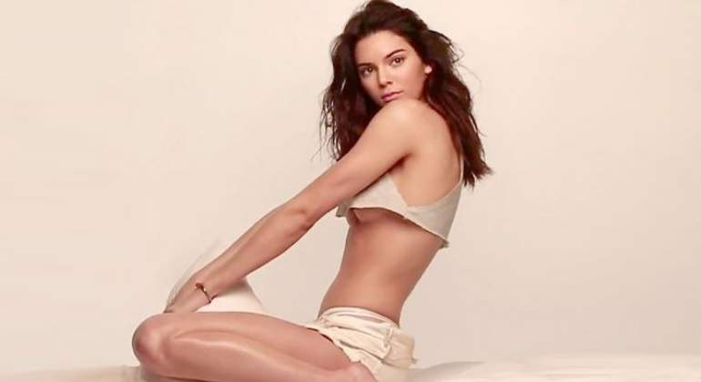 kendall-jenner-dedospies770.jpg