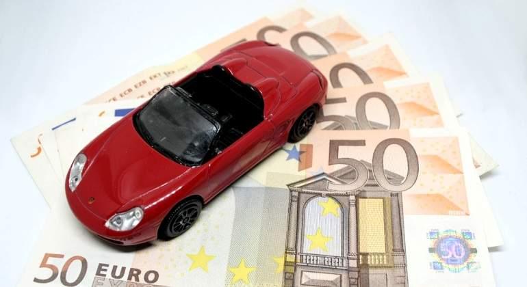 Coche-dinero-Pixabay.jpg