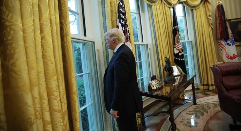 Trump insiste en construcción de muro: