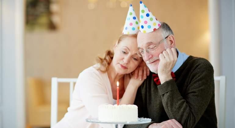 abuelos-ancianos-cumpleanos-dreams.jpg