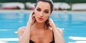 El piscinazo de Miss Cáceres se hace viral