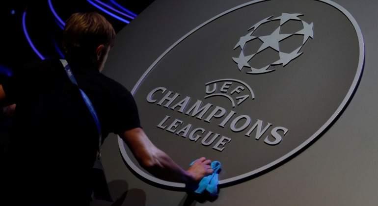 Logo-Champions-sorteo-limpieza-Reuters-2018.jpg