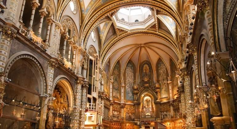 MonasteriorMontserrat-interior-Dreamstime.jpg
