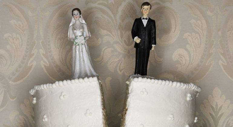 Matrimonio-roto-tarta.jpg