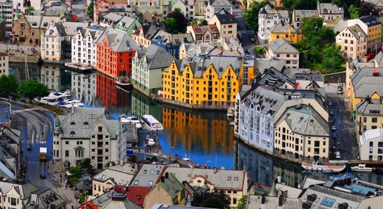 noruega-ausland.jpg