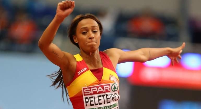 Ana Peleteiro bate su propio récord de España promesa en triple salto