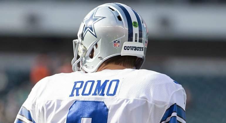 Tony Romo se despide de fans en Dallas vía redes sociales