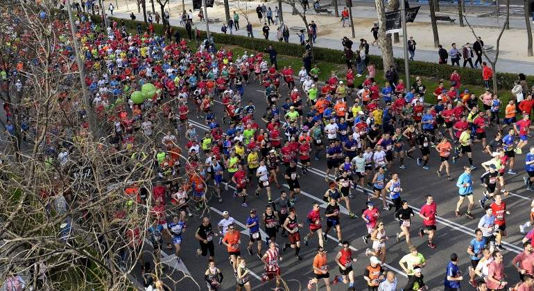 La otra cara del Maratón de Madrid: el Samur atiende a 216 corredores y casi 20 acaban en el hospital