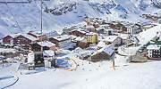 estacion-esqui-Lech-pueblo-Zurs-Dnaveh-Dreamstime.jpg