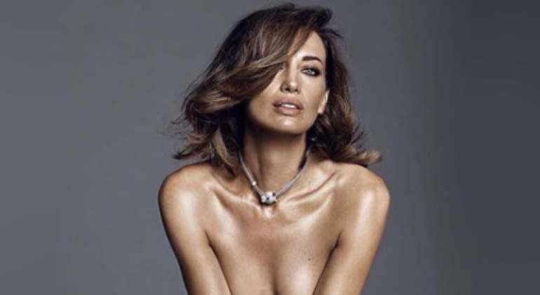 Nieves álvarez Presume Desnuda En Instagram Informaliaes