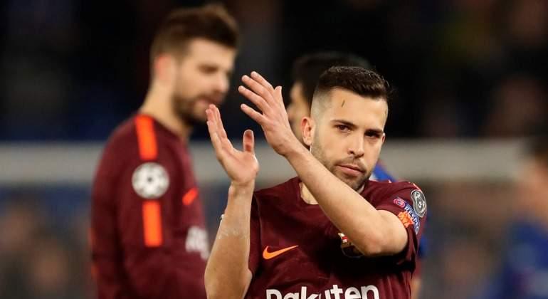 Jordi-Alba-aplaude-2018-Reuters.jpg