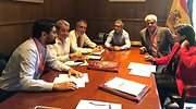 Jos Antonio Valbuena en un encuentro con representantes de la Asociacin Elica de Canarias