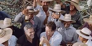 Diageo le compra su tequila a George Clooney