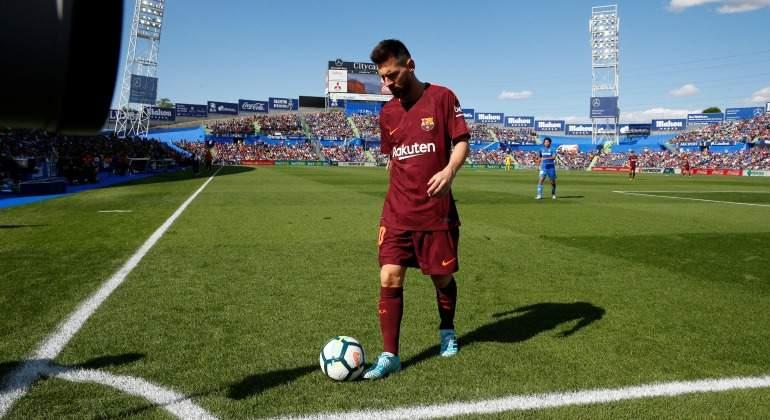 Messi-corner-Getafe-2017-Reuters.jpg