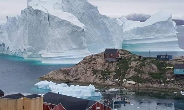 Desalojados vecinos de un pueblo de Groenlandia ante la amenaza de un iceberg