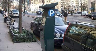 Aparcar el coche será gratis en París