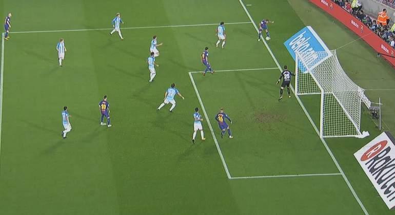 barcelona-malaga-gol-balon-sale.jpg