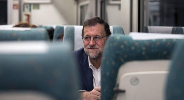 rajoy-ave-escondido-reuters.jpg
