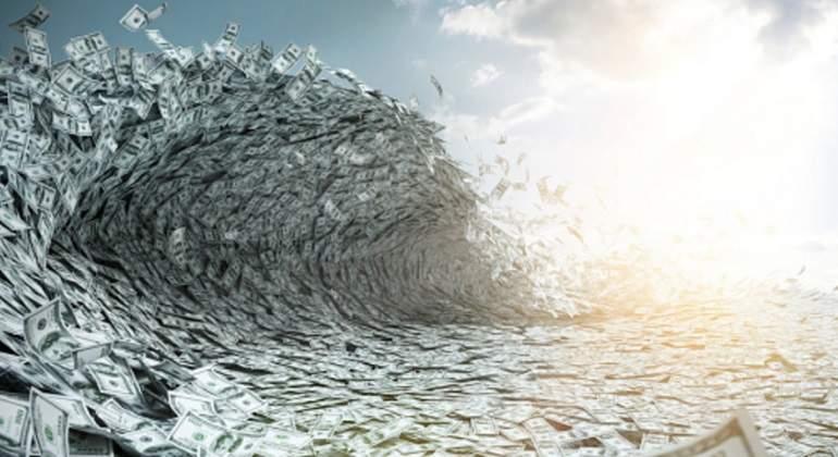 ola-dolares-flujos.jpg
