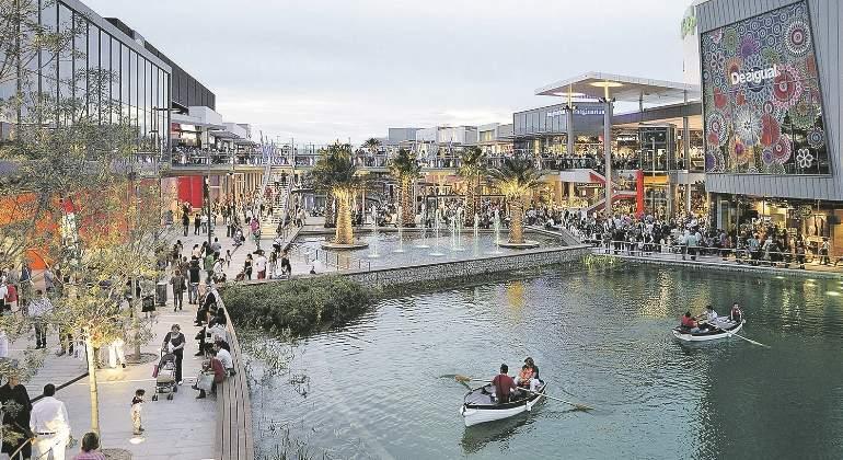 centro-comercial-zaragoza-ee.jpg