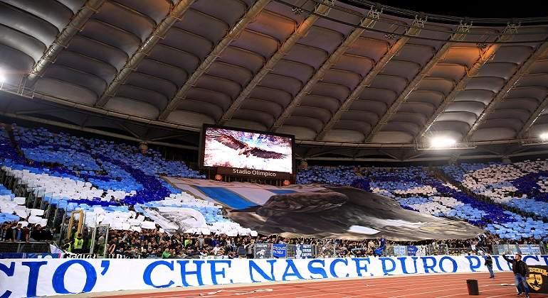 Aficion-de-la-Lazio-de-Italia-lanza-mensaje-sexista-durante-partido.jpg