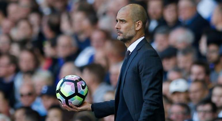 guardiola-city-balon-reuters.jpg