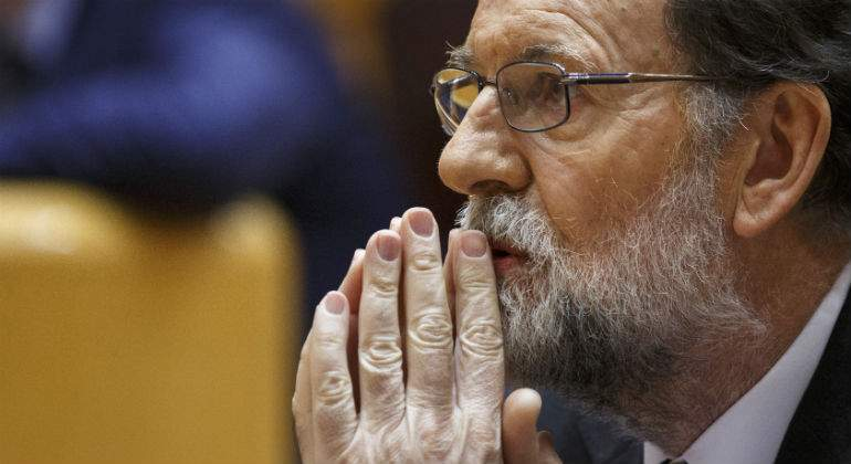 rajoy-mariano-senado-manos-getty.jpg