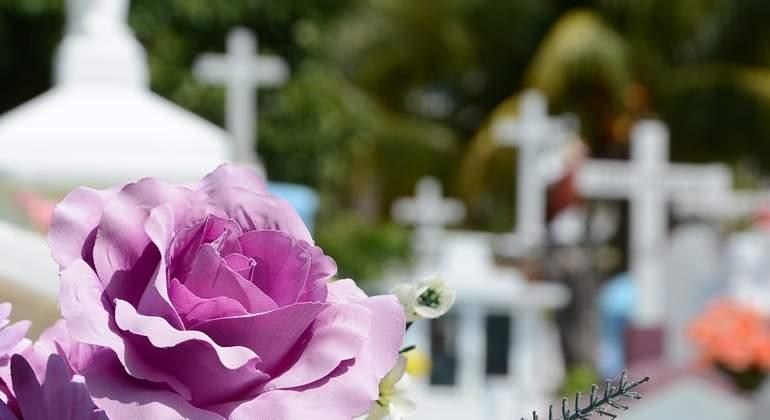 Cementerio-Pixabay.jpg