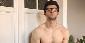 Escaleto (Sálvame) se desnuda: sus fotos sexys