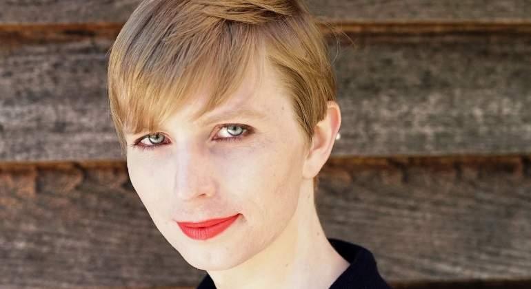 Chelsea Manning comparte primera foto en libertad