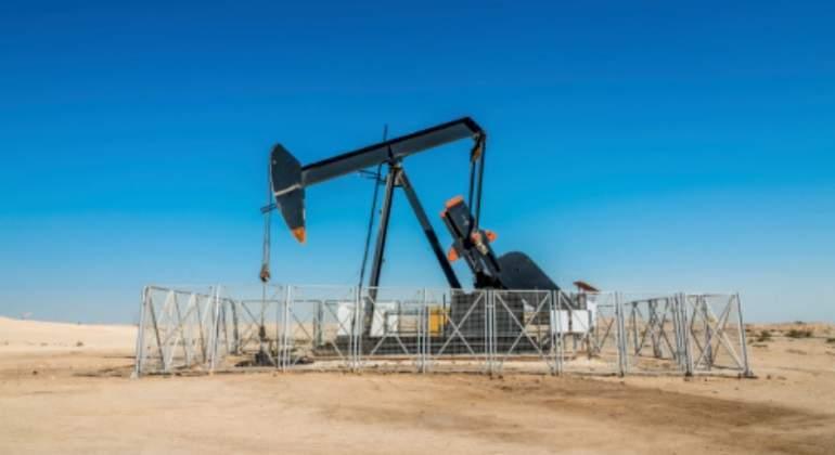 martillo-arabia-saudi-petroleo-desierto-getty.jpg