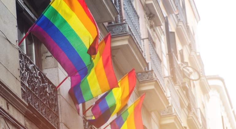 banderas-orgullo-madrid-dreamstime.jpg