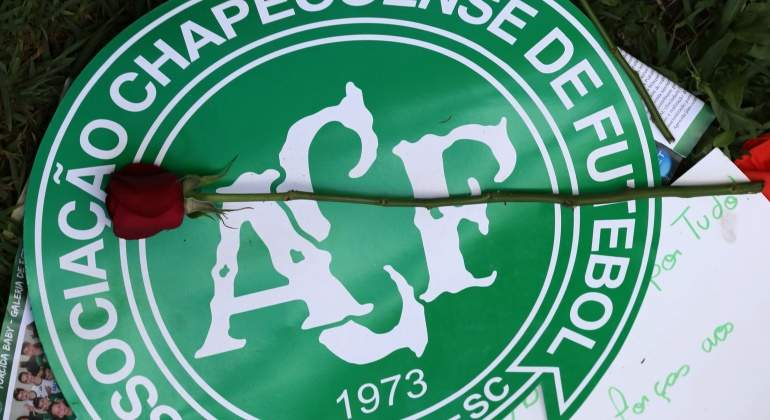 Chapecoense-homenaje-reuters.jpg