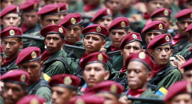 soldados-venezuela-desfile-reuters.jpg