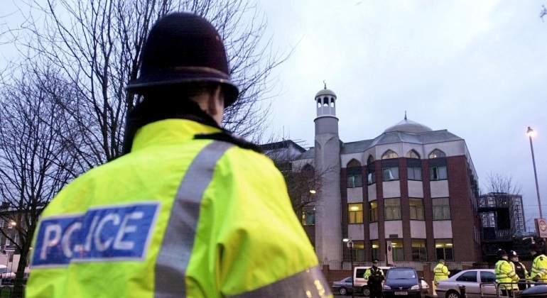 Londres-mezquita-ataque-19junio2017-EFE.jpg