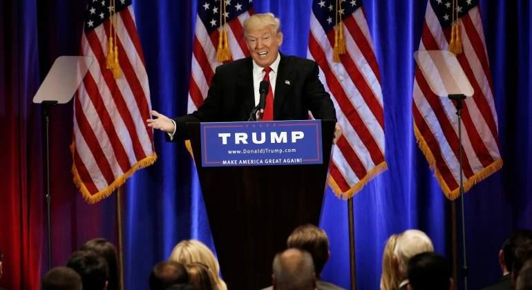 Trump insinúa que solo los estadounidenses proarmas pueden detener a Clinton